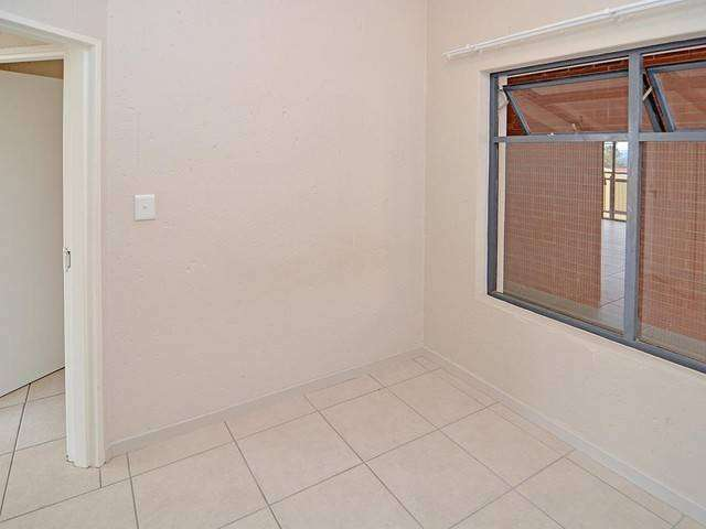Room to rent in Ferndale apartment 0