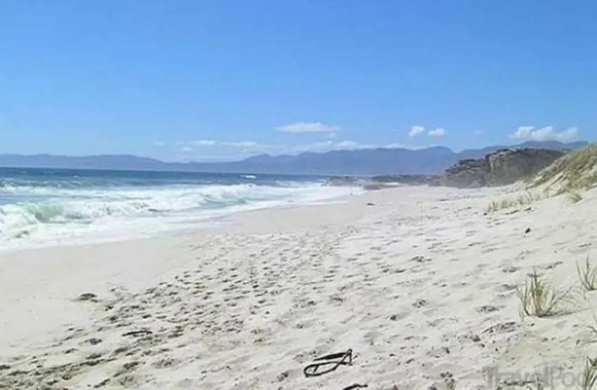 HERMANUS!! SEA VIEWS!!! VACANT PLOT!!! 0