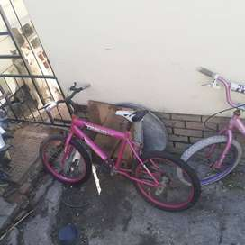2 girls BMW bicycles for R200.00