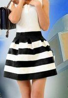 Черно-белая юбка колокольчик из резинки р.44(S)