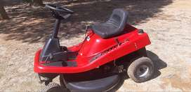Tandem 344cc ride on lawnmower