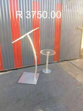 Curved Steel Tube Podiums with Water Table