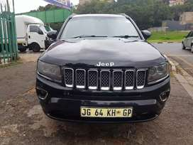 2013 Jeep Compass 2.0 Automatic with leather seats