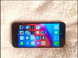 Selling iphone 6s plus 32 gigs and its open to all the networks