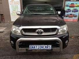 Toyota hilux 2.7vvti 2010 double cab for SELL
