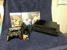 2 PlayStation 2's 2 controllers and 5 games