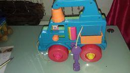 Traktorek z kluczykami