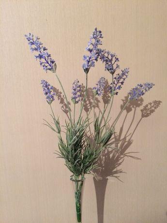 Штучні квіти.