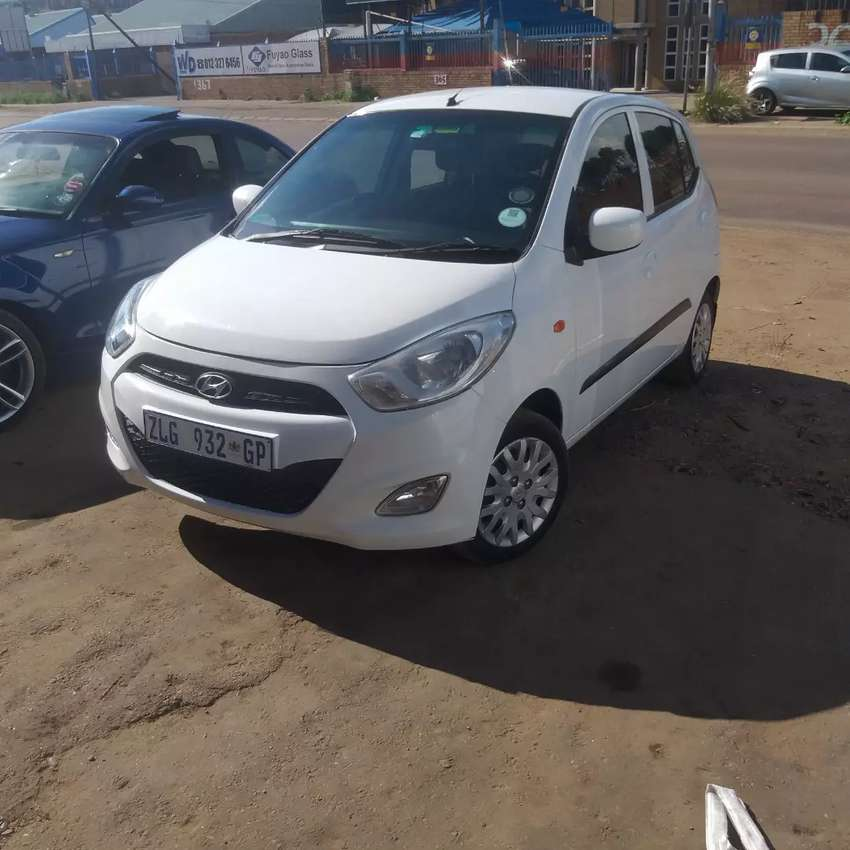 A very reliable car wth a service hist ory book. R67 000 negotiable 0