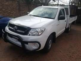 2011 Toyota Hilux 2.0vvti manual single cab 2.6 tone for sale