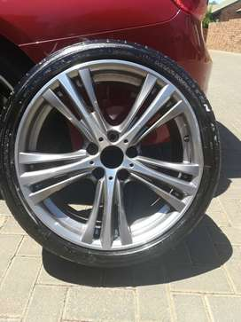 Potenza tyre and Mag 225/40R19 for BMW 3201 Sportline F30