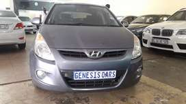 Hyundai i20 1.6 GL manual blue colour