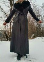 Длинный утепленный кожаный плащ пальто с меховым воротником ANTIK'A