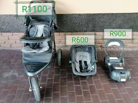 Pram, carrier and Isofix
