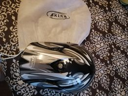 Продам шлем akira