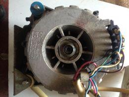 Електродвигатель двухскоросной