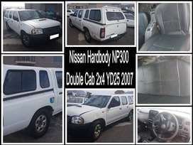 Nissan Hardbody NP300 Double Cab 2x4 YD25, 2007 stripping for spares