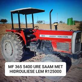 MASSEY FERGUSON  365 WITH HYDRAULIC BLADE