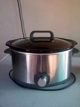Slowcooker for sale