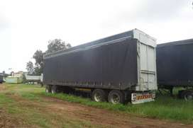 2006 tautliner trailers with curtains sides