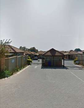 Very nice 3 bedroom townhouse to let