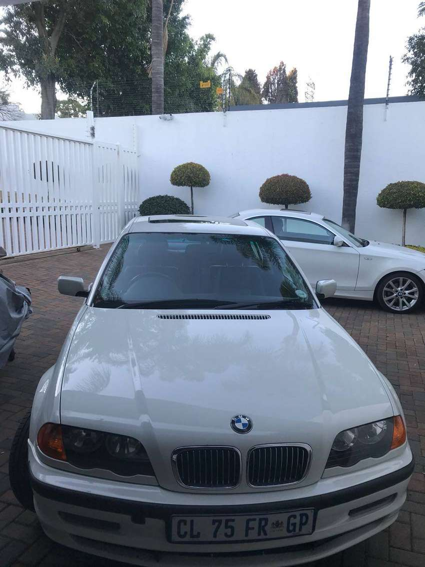 2000 BMW 3 Series Coupe (E46 - 328i) 0