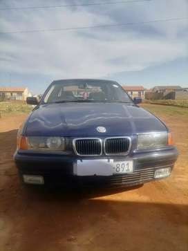 BMW E36 318i buy as is