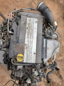 Saab 93 engine with turbo and gearbox