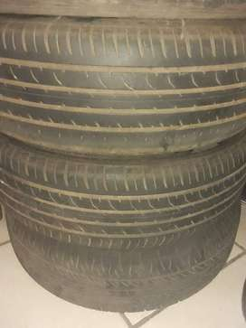 2 davanti and 2 farroad tyres and rims