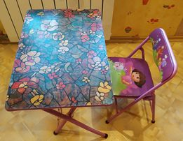 Детский складной стол и стул.