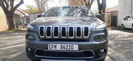 JEEP CHEROKEE 3.2 IN EXCELLENT CONDITION WITH SERVICE HISTORY