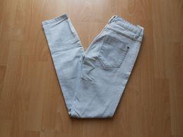 Wymienię spodnie dżinsowe C&A-nowe zaproponuj coś