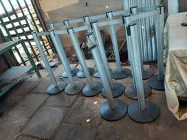 Queue poles R1000 White River Postage  for buyers account