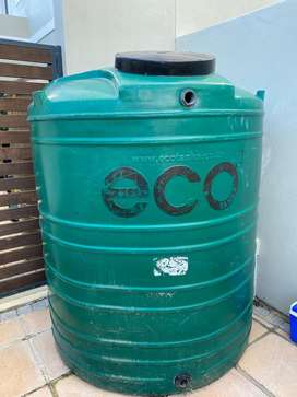 Eco 2200L green vertical water tank