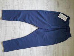 Nowe spodnie roz. 134