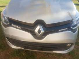 Renault Clio IV 900c Dynamic Stripping For Spares
