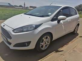 Ford fiesta 1.0 ecoboost ambient powershift