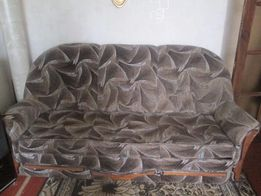 Комплект мягкой мебели - диван и два кресла