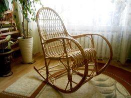 Кресло качалка, крісло плетене з лози гойдалка