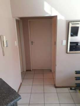 Furnished 2 bed room apartment Gardens Ruimsig