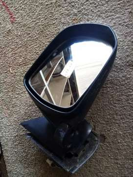 Toyota older model, door mirror