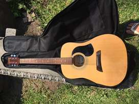 Barely used Acoustic guitar