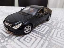 Die Cast Model 1:18 Cars For sale - Call for more photos NEG!!!