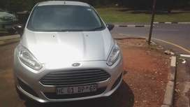 FORD FIESTA 1.4 LITRES 2014