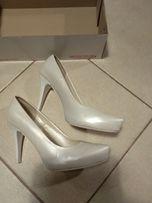 Buty perłowe Monique * buty ślubne białe * platforma * ukryty obcas
