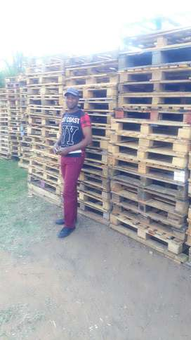Clean Used wooden Pallets for sale!