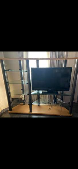 used Sony Bravaria  32 inch TV with Tv  Stand