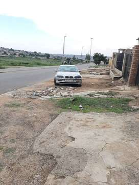 BMW 3 Series in good condition and clean egen in Tembisa