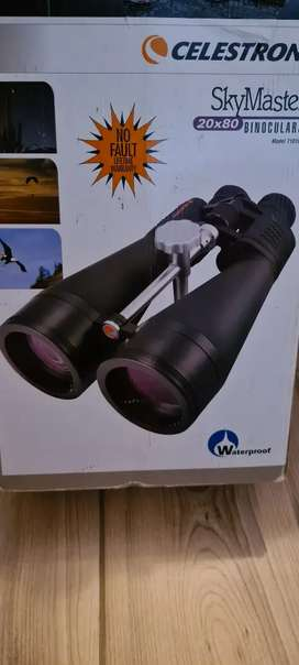 Celestron Skymaster 20X80 Binoculars as new with free tripod stand