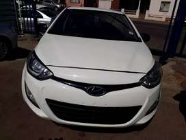 2013 Hyundai i20 (1.2) Manual With Service Book